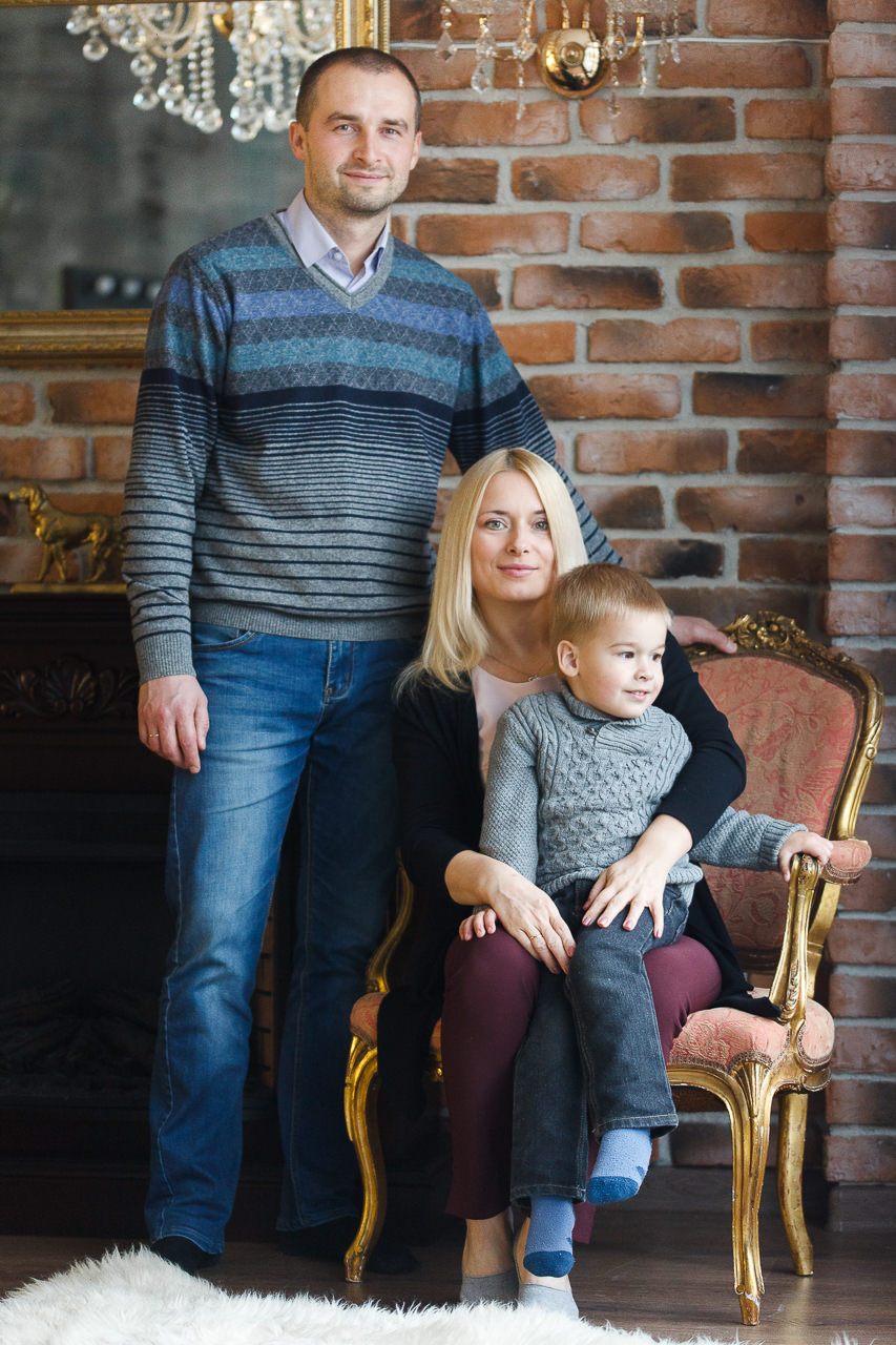 Семейная фотосессия в интерьере Феломена