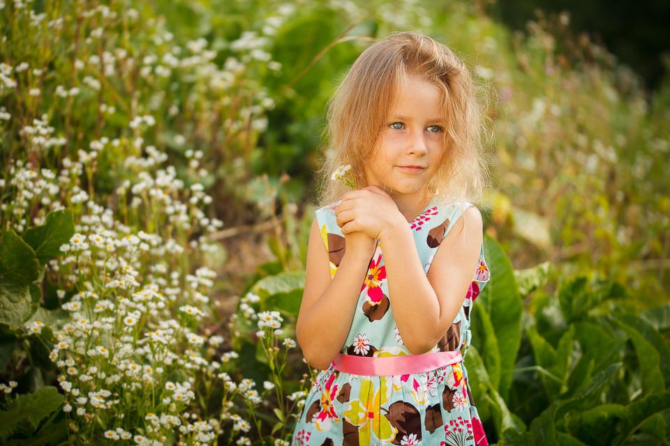 Детская фотосъемка на природе летом