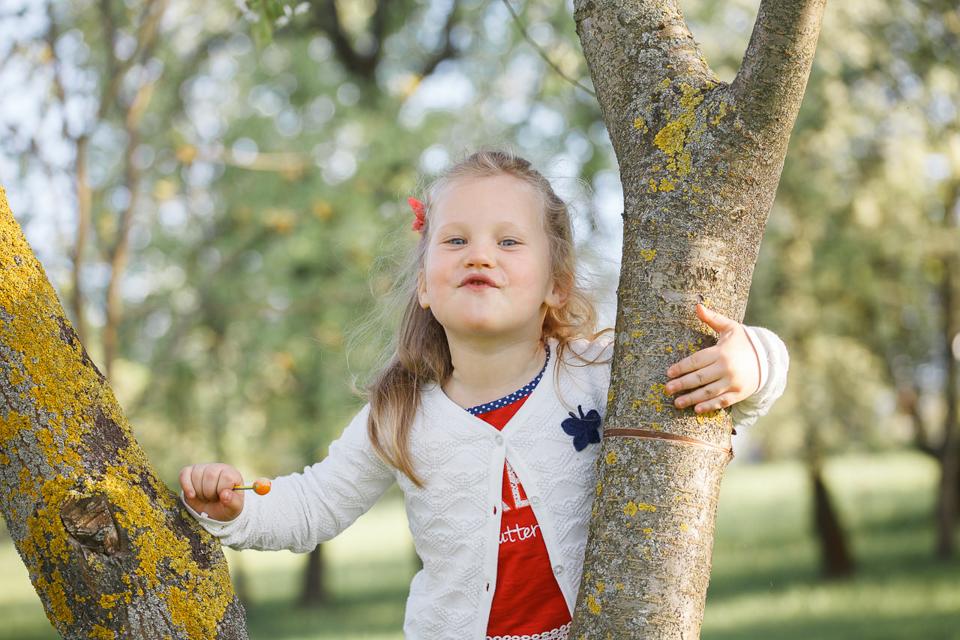 Весенняя детская фотосессия в Минске