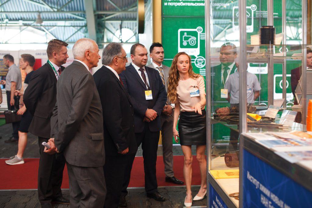 Репортажная фотосъемка на международной выставке «Химия. Нефть и газ»-17