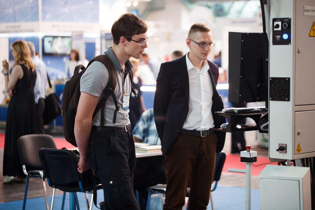 Репортажная фотосъемка на международной выставке «Химия. Нефть и газ»-34