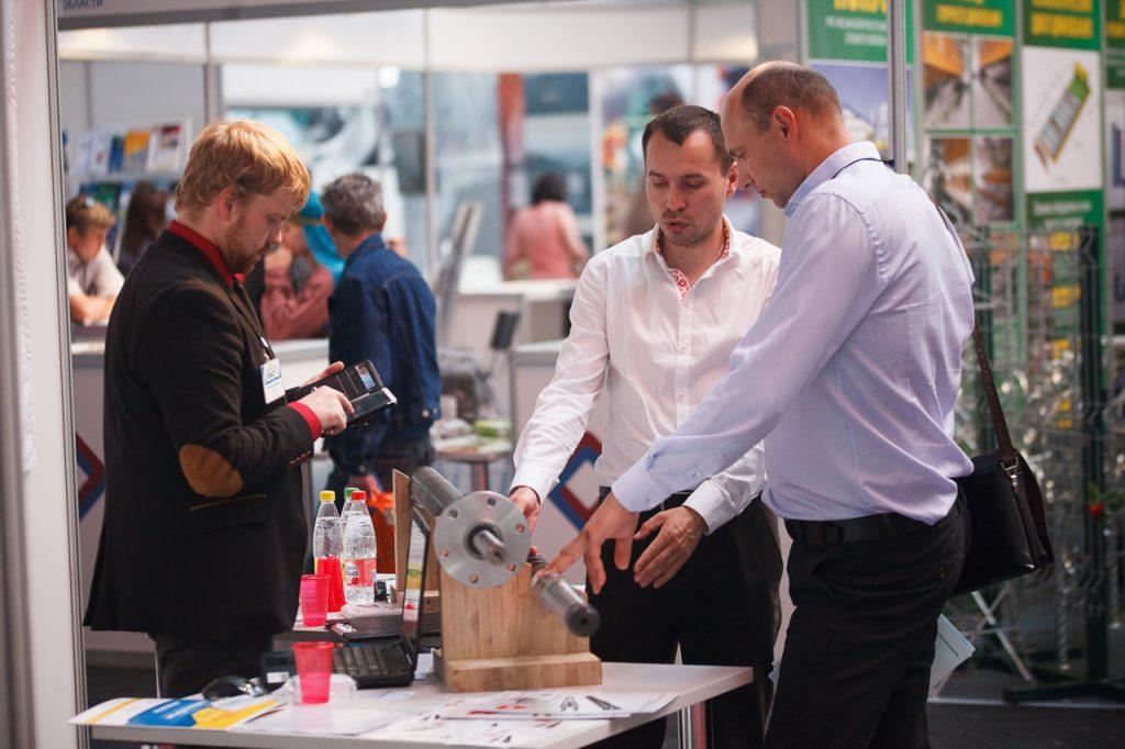 Репортажная фотосъемка на международной выставке «Химия. Нефть и газ»-38