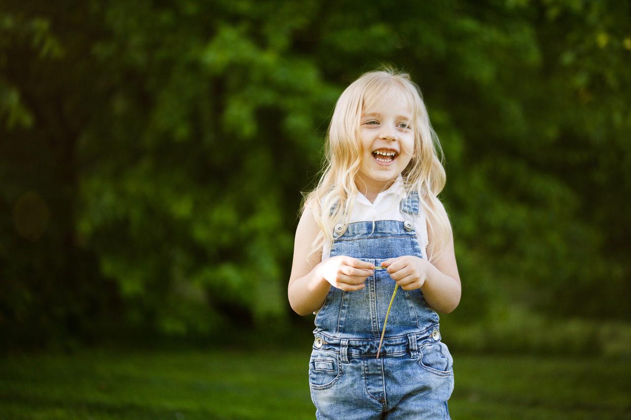 Детская фотосессия в парке-1
