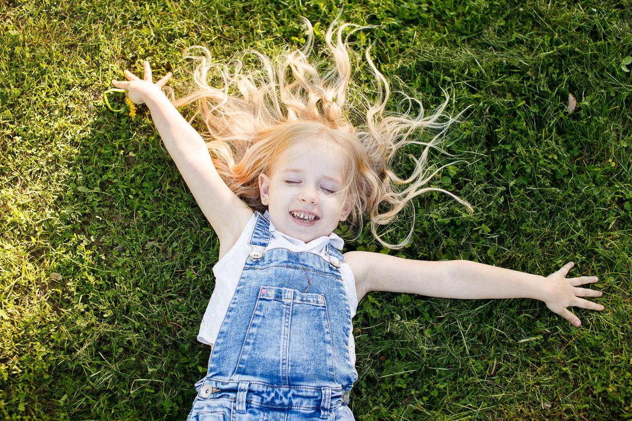Детская фотосессия в парке-6
